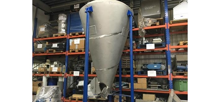 Afbeelding 1 - Conische menger 2000 ltr.