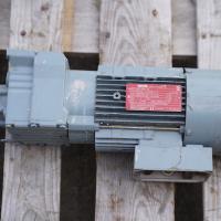 Motor Vector - R17 DT80N 4BM